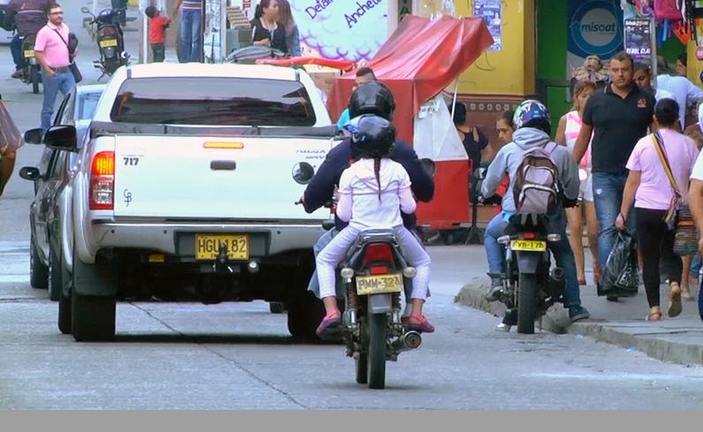 Photo of Hasta el próximo 26 de diciembre, se prohíbe la circulación de motocicletas con parrilleros en Rionegro