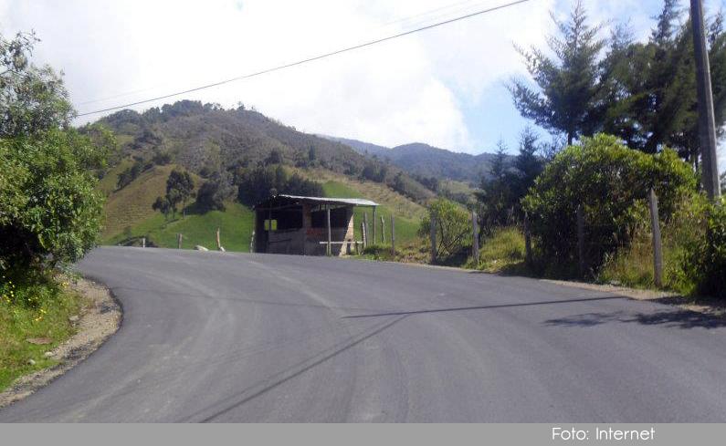 Photo of Vicepresidente se comprometió con los recursos para finalizar la pavimentación de la vía Granada – San Carlos