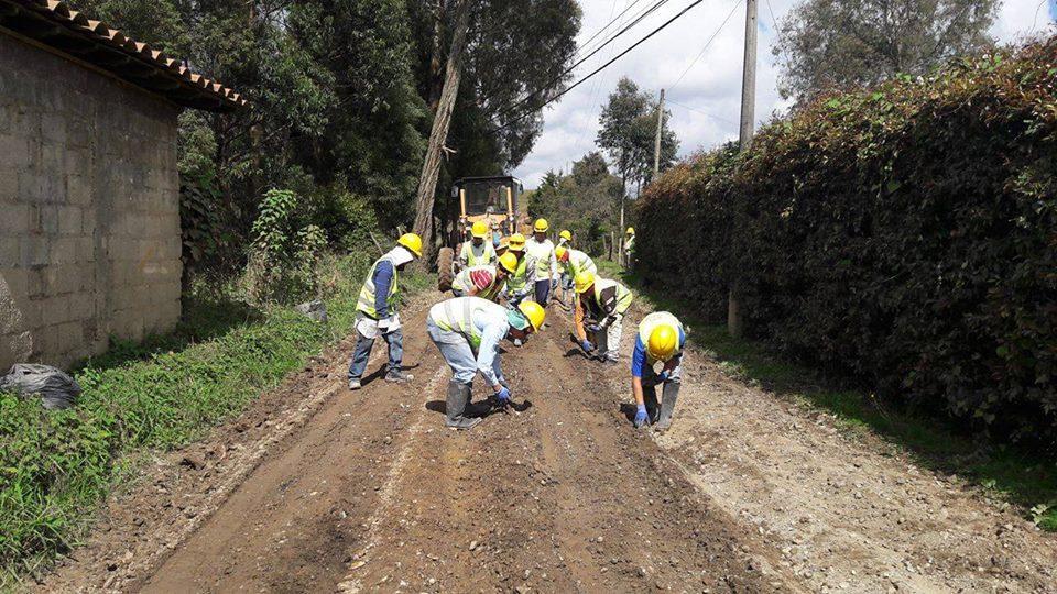 Photo of En el año 2017 en Rionegro se intervendrán cerca de 100 kilómetros de vías terciarias