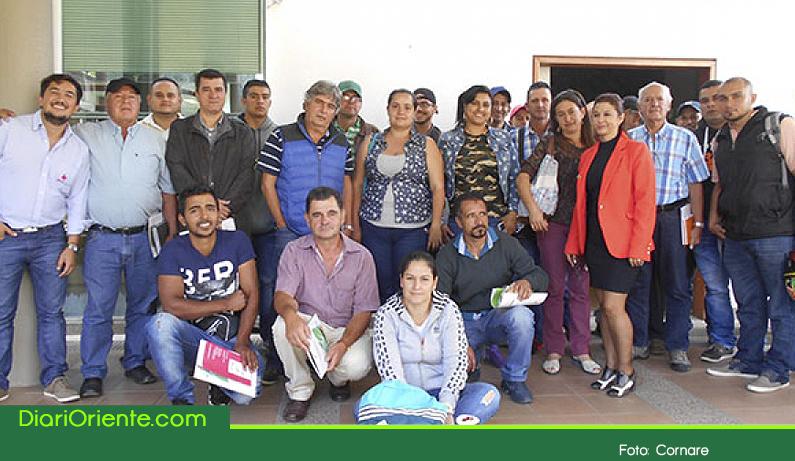 Photo of Cornare realizó jornada con el gremio porcicultor para concientizar sobre la responsabilidad social y ambiental