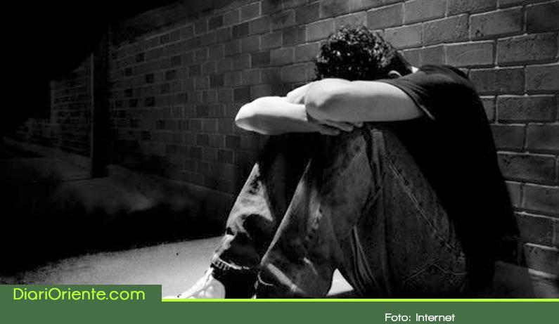 Photo of Preocupación en Rionegro por 13 casos de suicidio que se presentaron en el 2017
