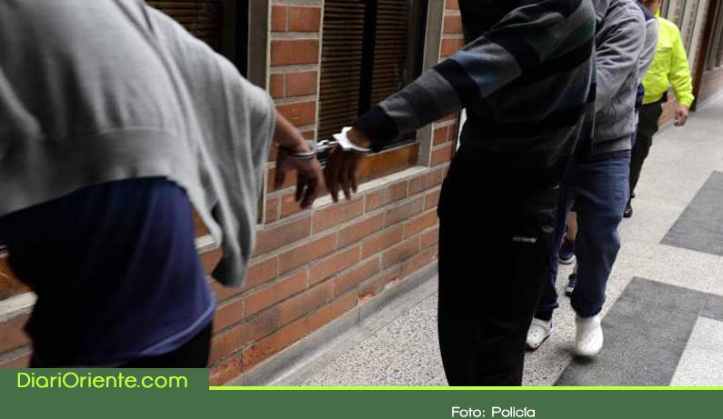 Photo of Capturan a presuntos responsables del asesinato de un joven en barbería de El Carmen de Viboral