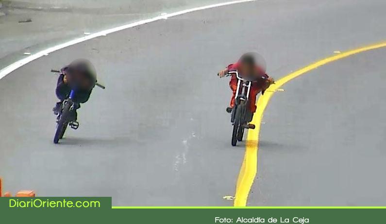 Photo of Gravity Bike, la peligrosa práctica que genera alerta en las vías del Oriente Antioqueño