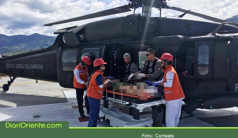 Photo of En helicóptero fue evacuado militar heridos por explosivos