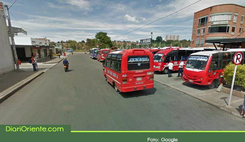 Photo of Los buses, micros y vans de la ruta Rionegro – Medellín cambian lugar de salida