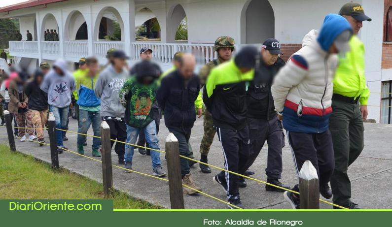 Photo of 10 capturas y 12 menores aprehendidos deja operativo en Rionegro