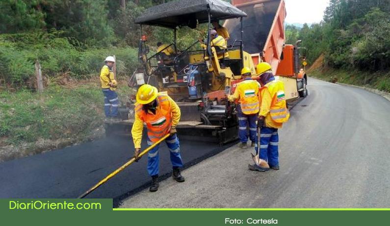 Photo of Más de $22 mil millones para el mejoramiento de la red vial secundaria de Antioquia