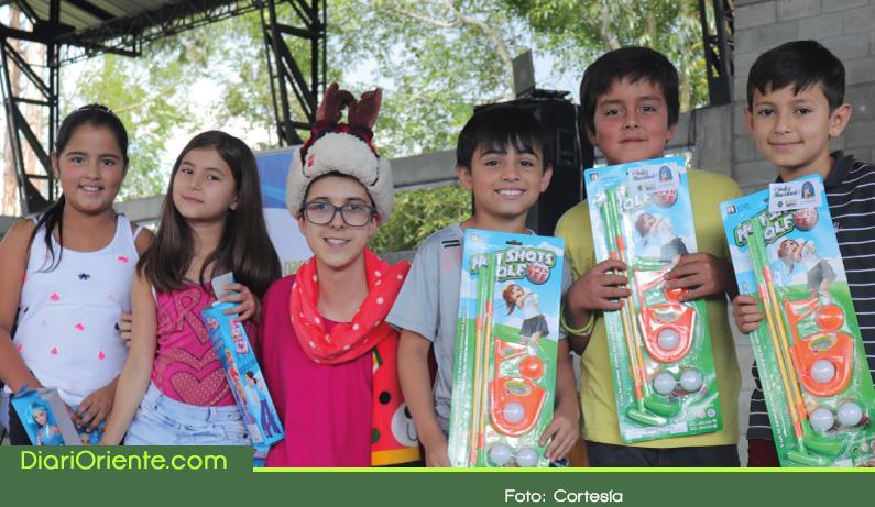 Photo of Entregan más de 6000 regalos a niños en La Ceja