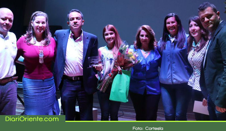 Photo of En La Ceja siete mujeres fueron galardonadas con el premio «Honor al Mérito Cejeño»