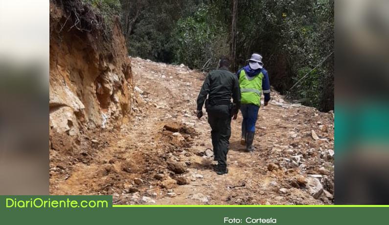 Photo of Suspende explanación de vía en El Santuario por daños ambientales