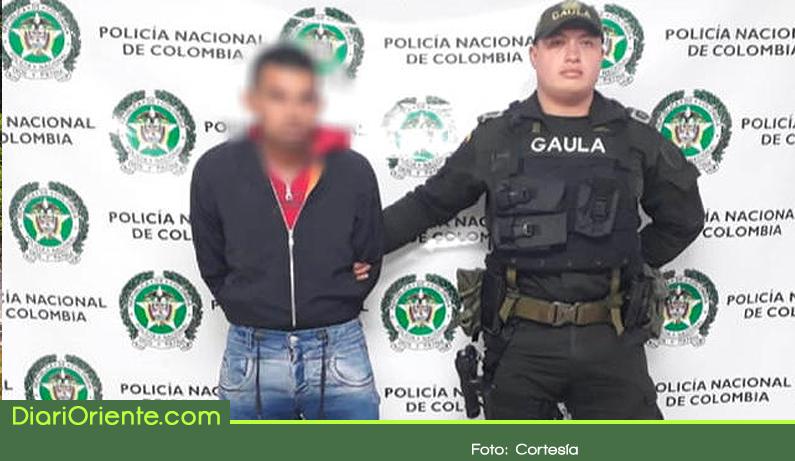 Photo of Extorsionaba a jóvenes con publicar fotos intimas