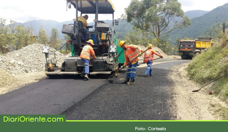 Photo of Adjudican contratos para pavimentar vía Concepción – Alejandría
