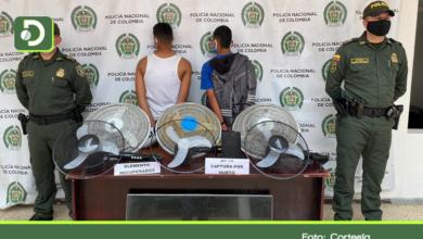 Photo of Marinilla: Policía capturó a dos venezolanos cuando robaban en una institución educativa.