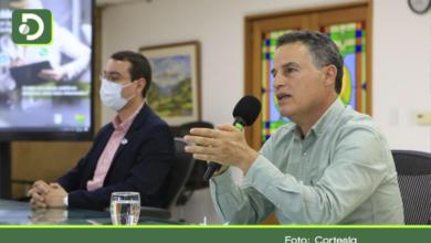 Photo of Gobernador anuncia toque de queda nocturno y pico y cédula en 7 municipios del Oriente