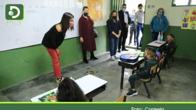 Photo of Ministra de Educación visitó Marinilla y El Retiro donde se iniciaron clases bajo el modelo de Alternancia