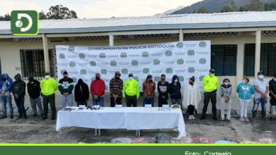 Photo of Capturan a 15 integrantes de red de microtráfico que delinquía en Abejorral