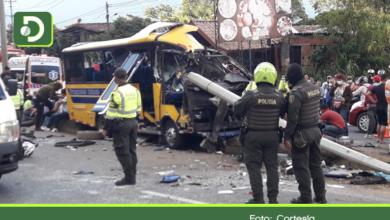 Photo of Guarne: Grave accidente en la autopista Medellín – Bogotá deja 3 muertos y 20 heridos