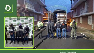 Photo of En El Carmen, tres personas se habían robado ocho postes de luz y los descubrieron